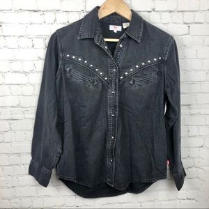 Levi's Stud Button Down Shirt Size Small